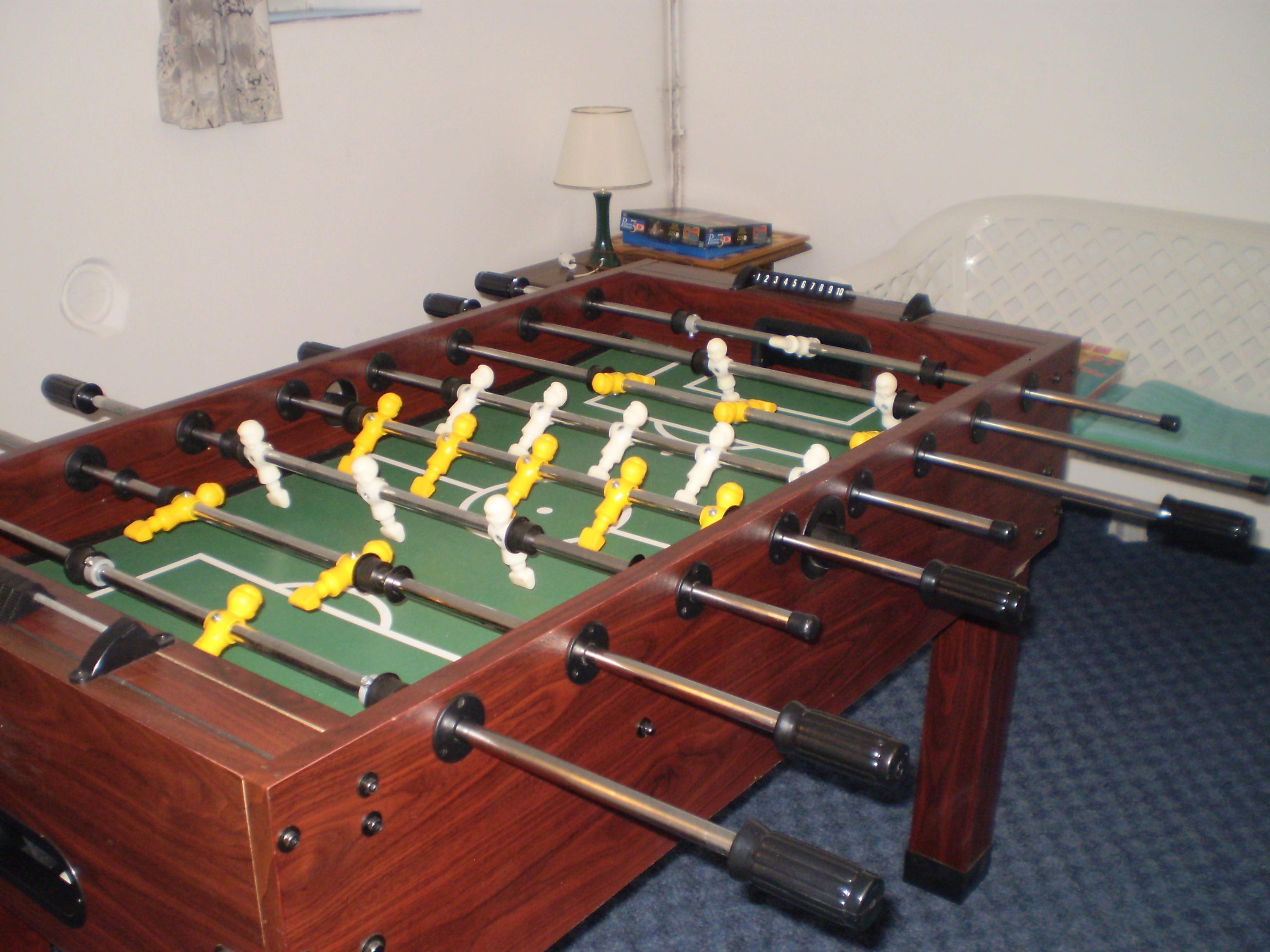 speelkamer met voetbaltafel