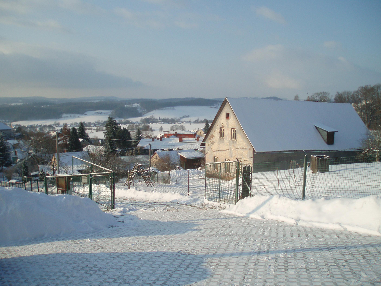 De oprit van ons huis met prachtig uitzicht